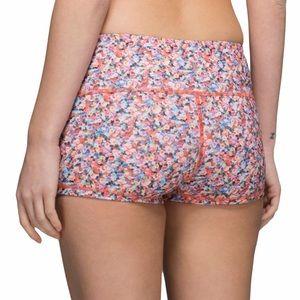 HTF: new Lululemon ꕥ Boogie Shorts ꕥ Prism Petal